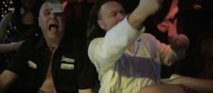 Manou Kersting, Luk Wyns in Crimi Clowns: De Movie (2013)