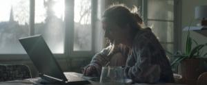 Brit Van Hoof in Vele Hemels boven de Zevende (2017)