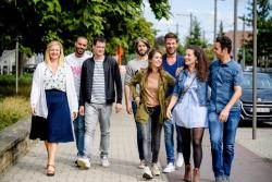 'Dertigers' wint diversiteitstrofee van de VRT