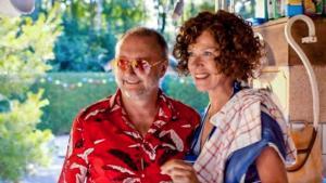 Luk Wyns, Barbara Sarafian in Glad Ijs