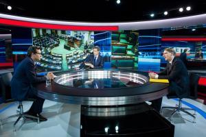 Koen De Bouw, Stef Wauters, Peter Van den Begin in Deadline 25/5