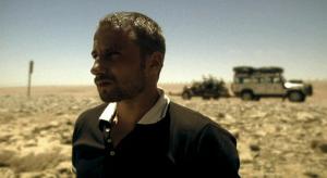 Matthias Schoenaerts in Los zand